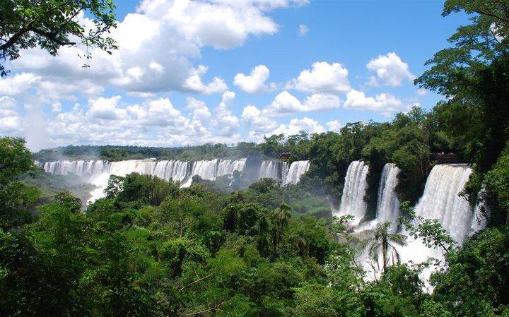 Iguazu-kriokliai-argentinoje