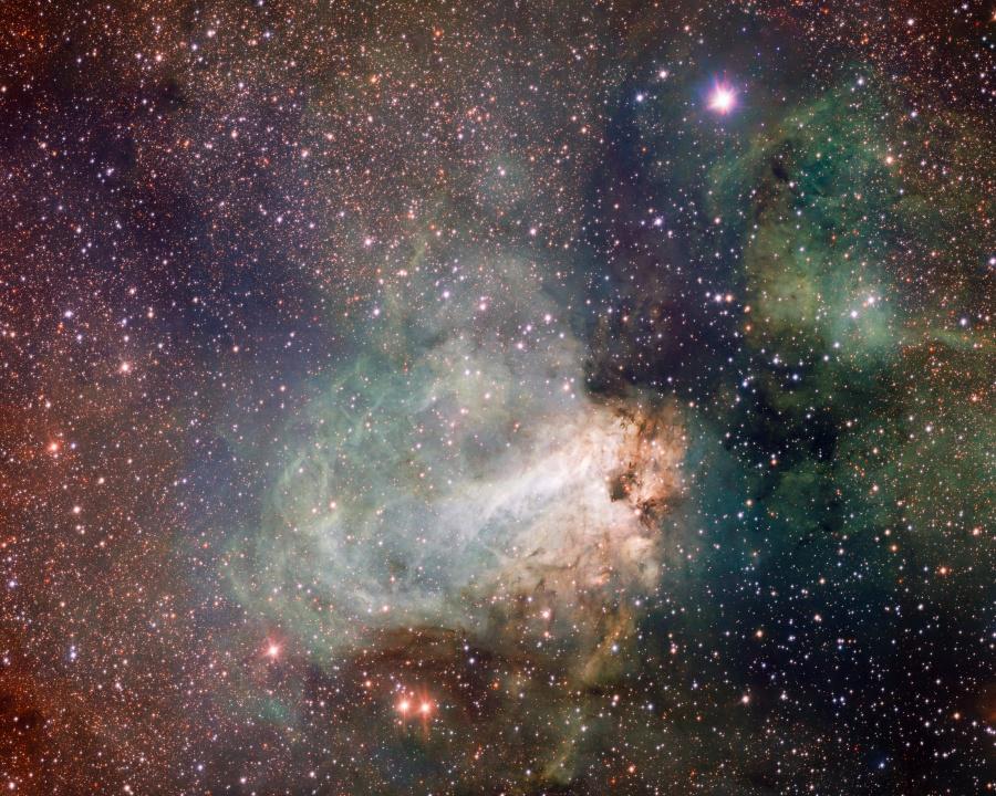 zvaigzdziu-gimimo-vieta-Messier-17